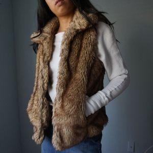 Zara Collared Faux Fur Vest